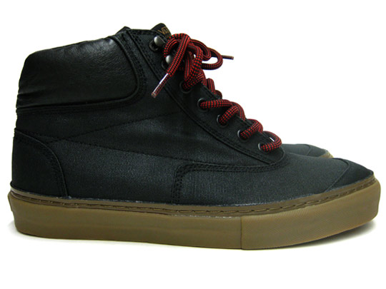 Vans-Holiday-2009-Switchback-Chukka-03